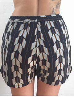 Shorts, Lisa, b.young
